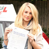 Testimonial photo of Holly Brewer - Singer/Pianist